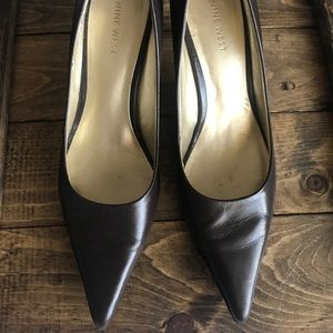 Nine West brown kitten heels